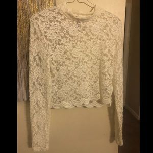 DIVIDED WHITE LACE LONG SLEEVE CROP TOP - SIZE M